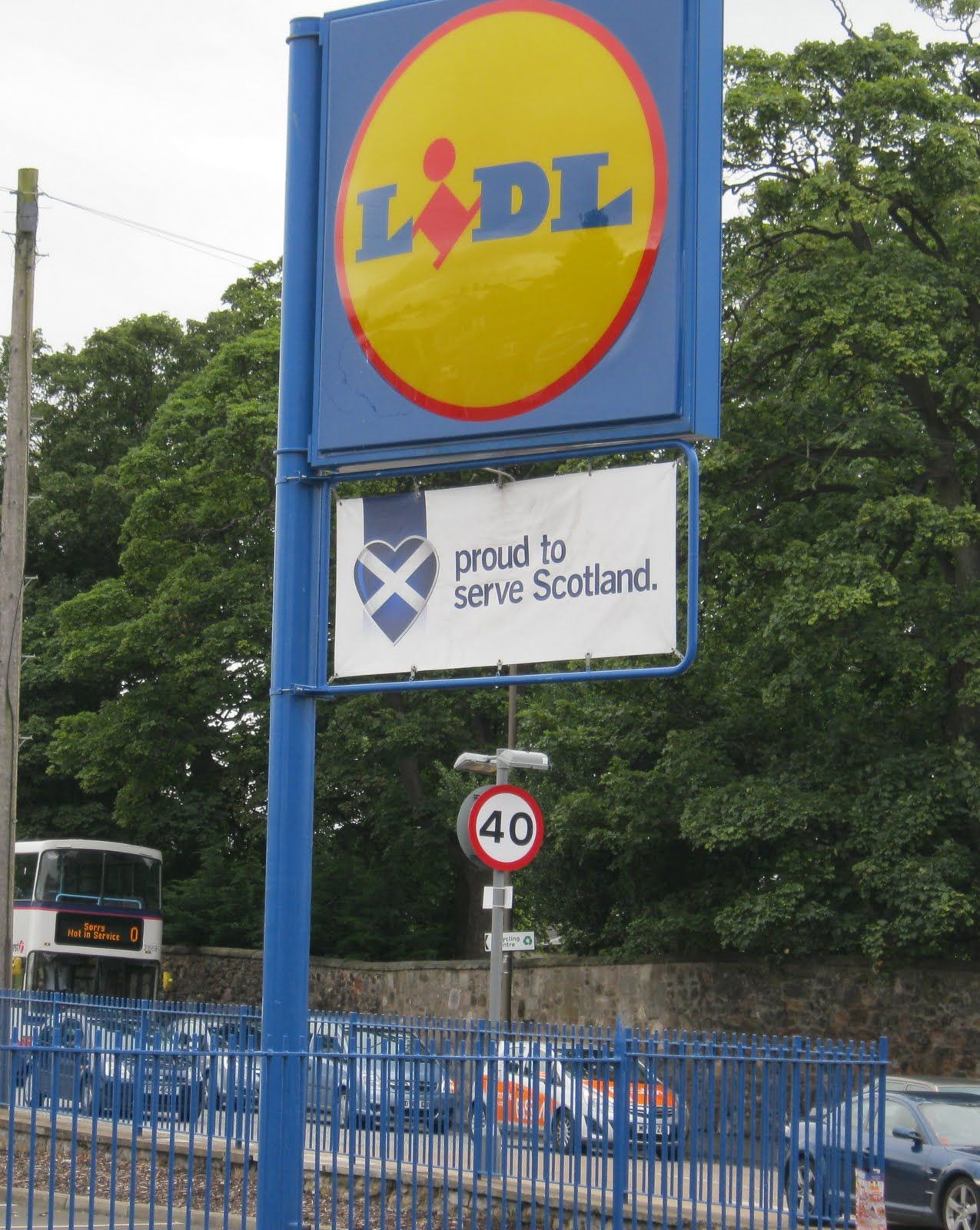 Lidl Shows Its Marketing Nouse In Scotland By Being One Of The Few Uk Wide And International Companies To Use T Design Palette International Companies Scotland