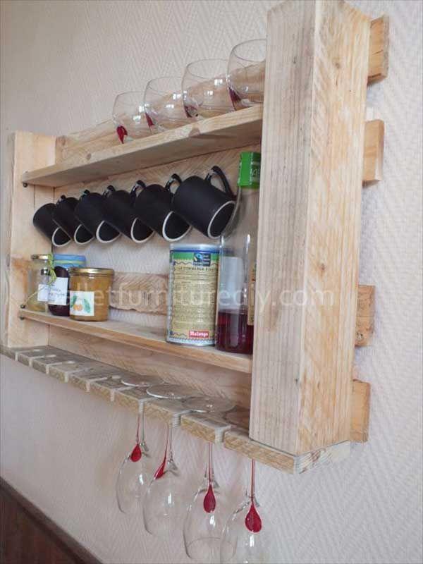 Gläser und Tassenregal aus Paletten Wohnungsupdate Pinterest - k che aus paletten bauen