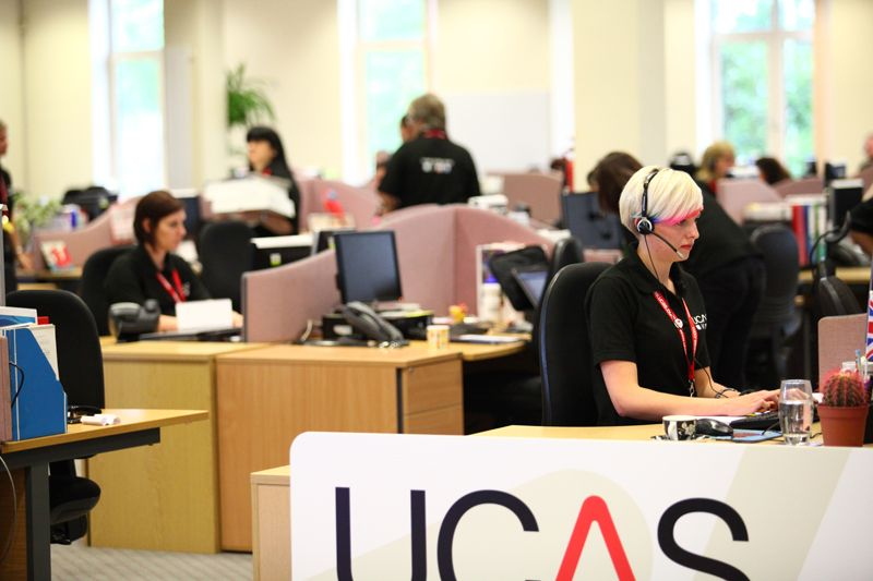 Call Centre Advisers Helping Applicants On The Phones Ucas Call