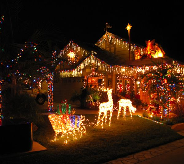 where to find the best holiday light displays in the city - Best Christmas Lights In San Diego