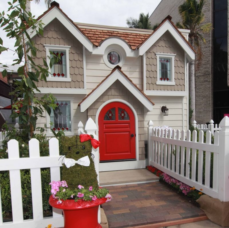 Hello Kitty Houses Real Houses meu sonho de infância!!!! hello kitty playhouse - victorian