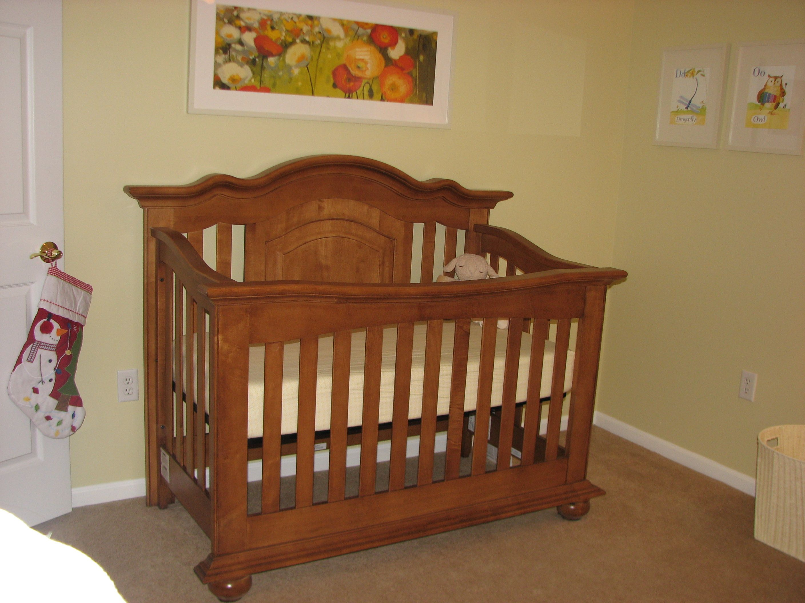 echelon diya curve top crib in fawn stocking from pottery barn kids frames from