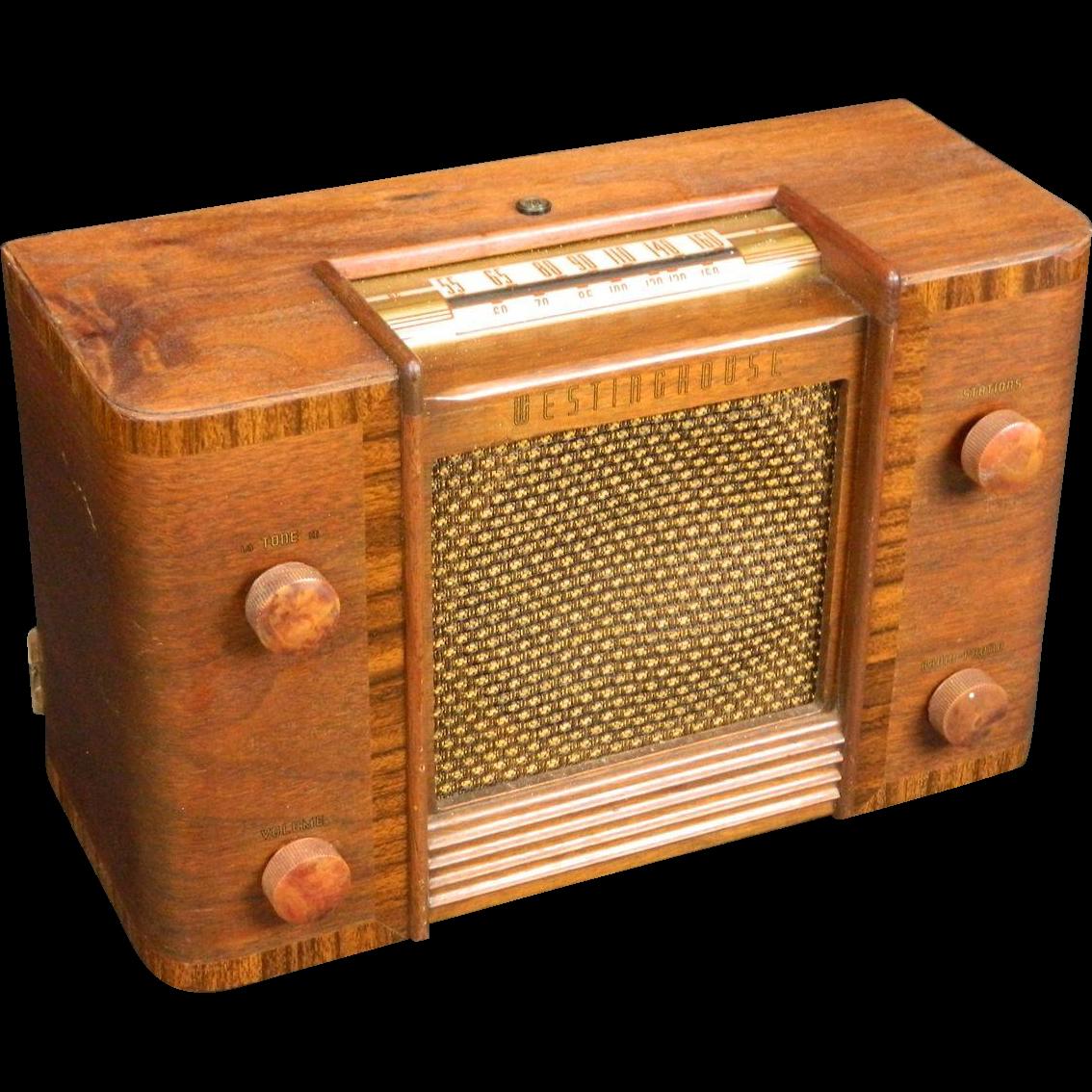 1946 Westinghouse Am Radio Model H130