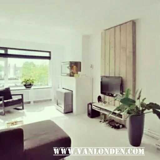 Tv wand tv meubel van steigerhout for Tv meubel kleine ruimte