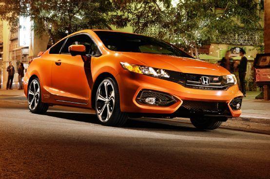 Revealed 2014 Honda Civic Coupe Face Lift Civic Si Power Bump Motor Trend Wot Honda Civic Si Honda Civic Si Coupe Honda Civic Coupe