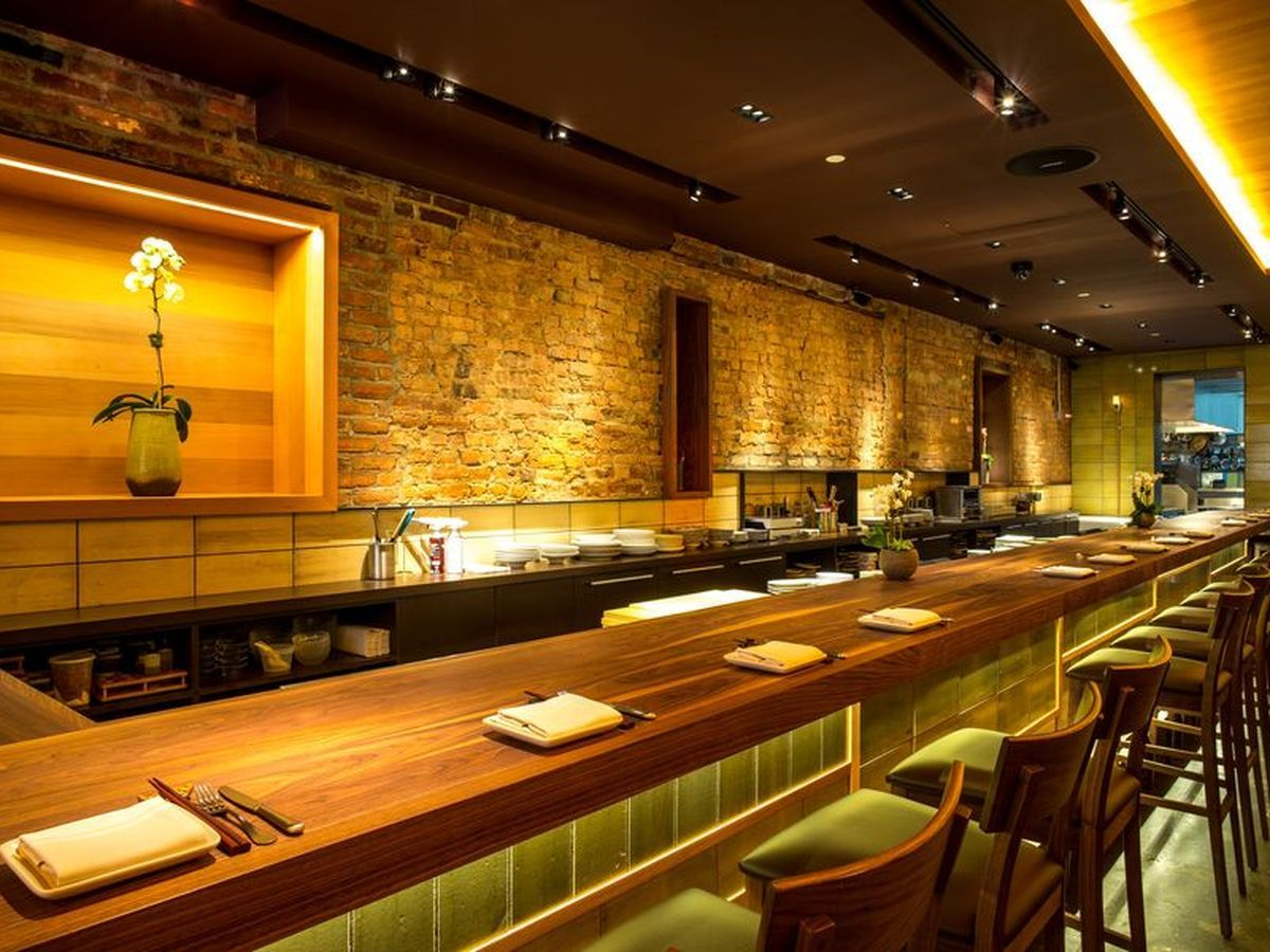 Moderate japanese restaurants on the strip