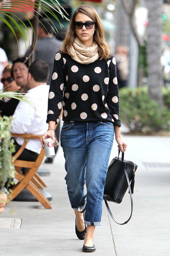 3f80e6c8569d9 Our November cover star Jessica Alba's chic street style |  http://glamour.co.za/2014/10/jessica-alba-s-chic-street-looks/