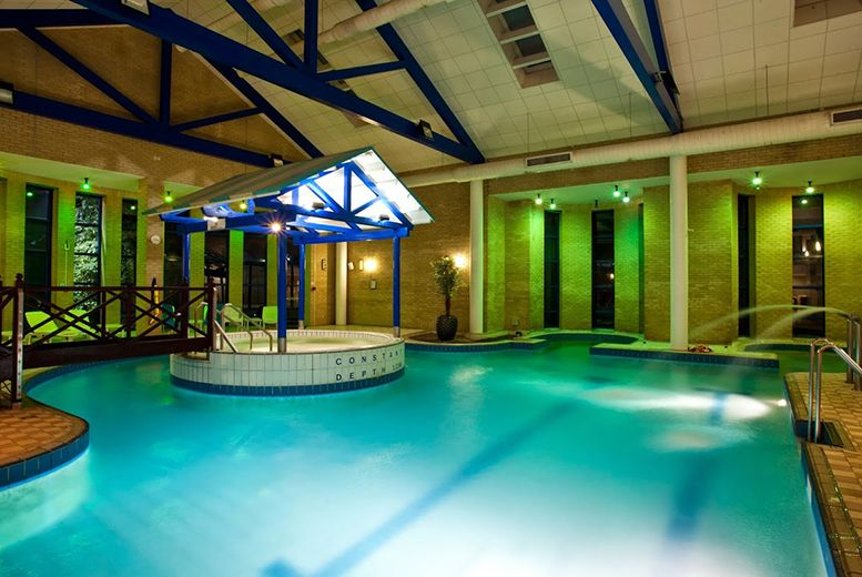 99 For An Overnight Cotswolds Break With Spa Access Dinner Wine Chocolates And Breakfast For Two 179 For A Two Night Break Save Spa Breaks Spa Spa Day