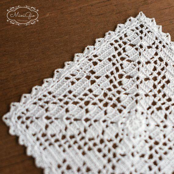 Miniature crochet square doily 6 cm, dollhouse crochet tablecloth, 1 ...
