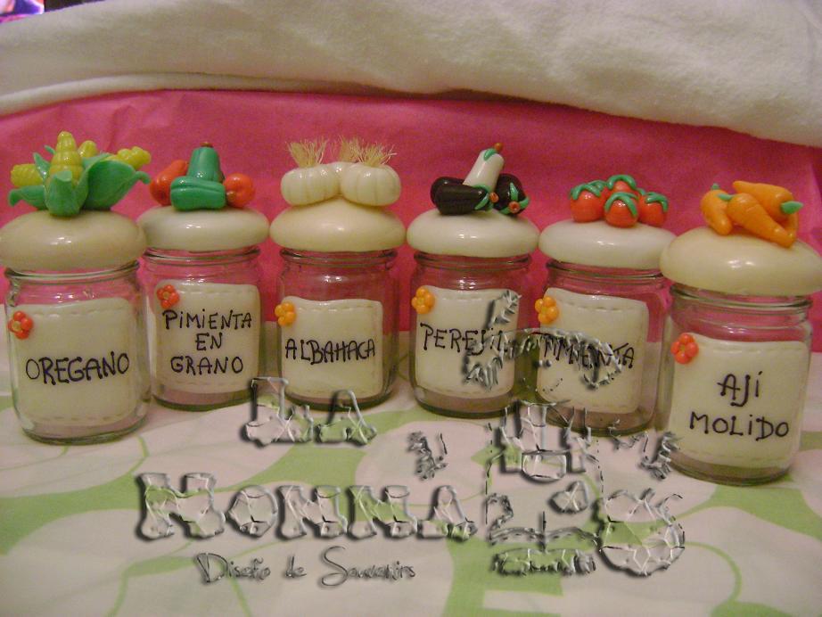 La nonna souvenirs porcelana fria frascos porcelana for Utilisima espejos decorados