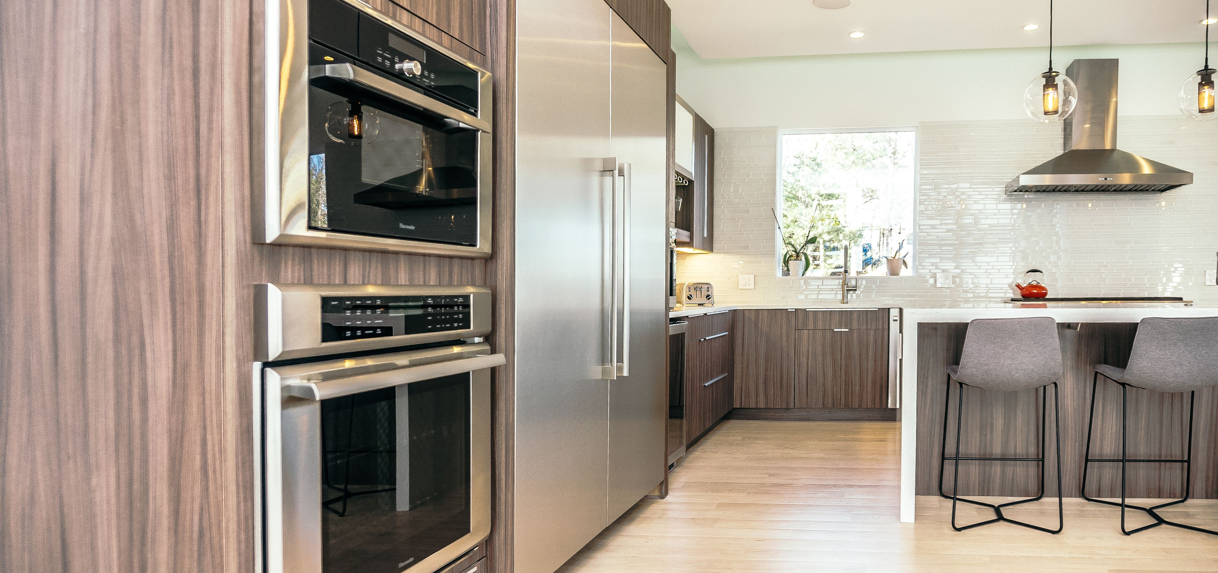 Project Highlight! This beautiful kitchen, designed by Mary ...