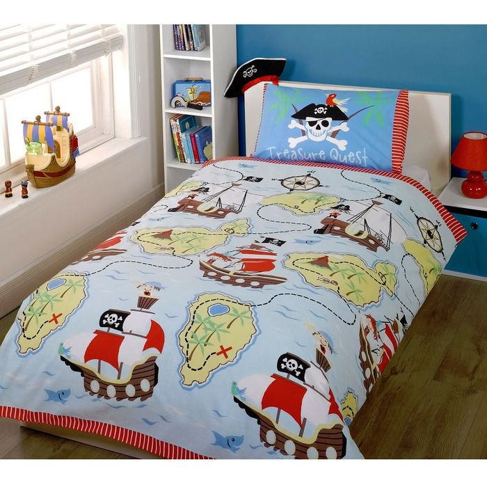 Pirate toddler bedding set from the Treasure Quest range at