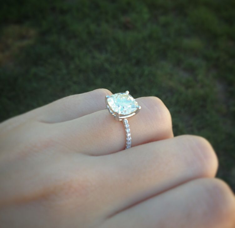 Rings... on Pinterest | Diamond Rings, Sapphire and Sapphire Rings