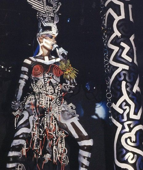 Keith Haring and Grace Jones, two of the most inspiring and unique artists of th... - #artists #grace #haring #inspiring #jones #keith #unique - #KeithHaring