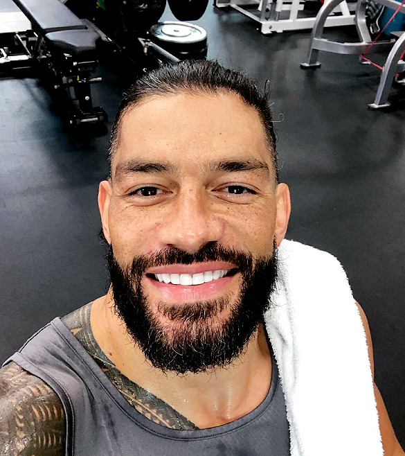 Wreck Everyone And Leave Roman Reigns Smile Roman Reigns Wwe Roman Reigns