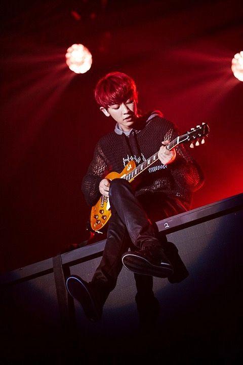 #chanyeol #exo #exochanyeol #pcy #parkchanyel #チャニョル #박찬열 #찬열 #朴灿烈 #灿烈 #kpopstar #Koreanstar #Kpop #kpopidol #guitar