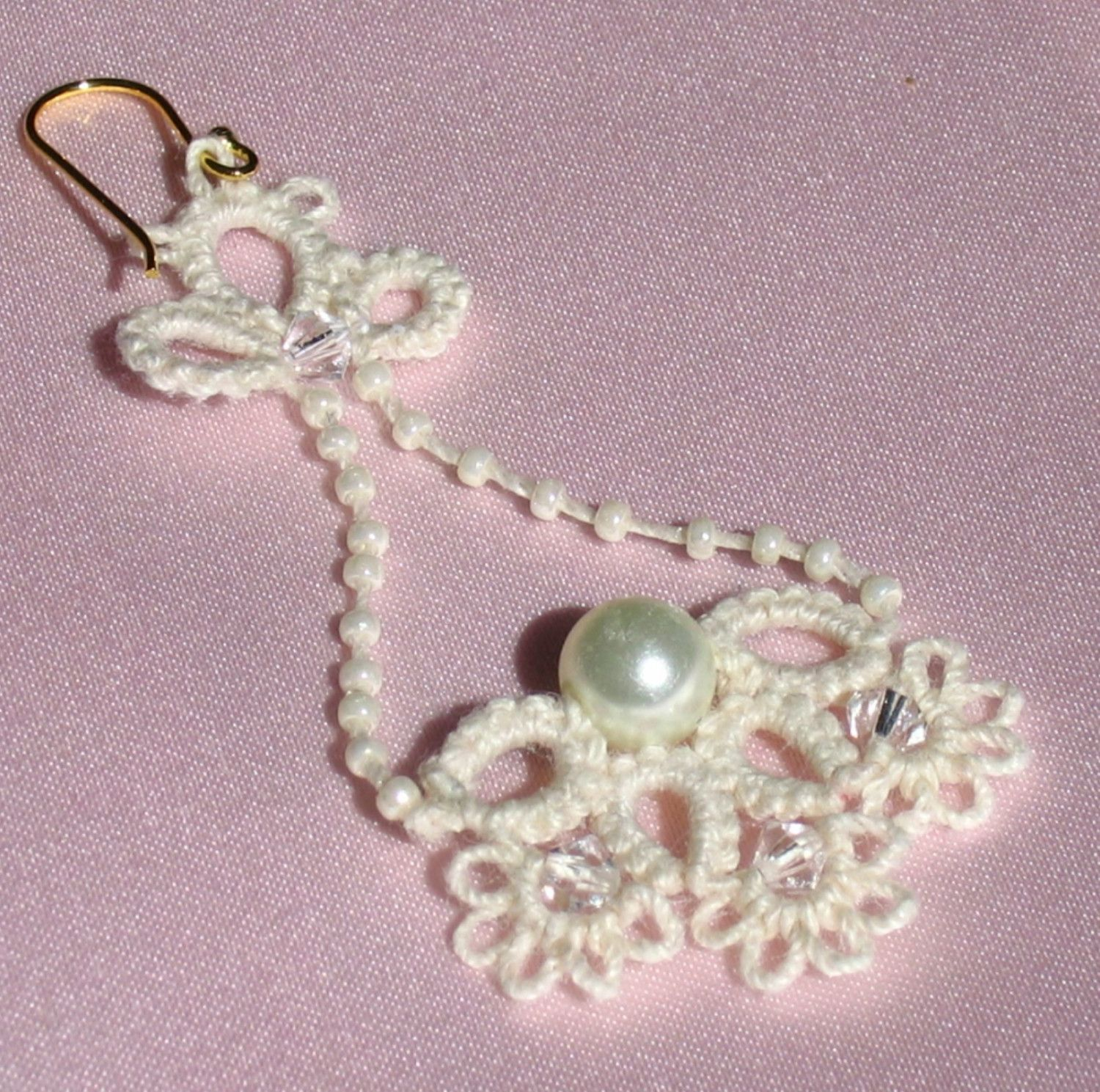 Lacy bridal earrings - Victorian Ivory Lace, Pearls and Crystals. $30.00, via Etsy.