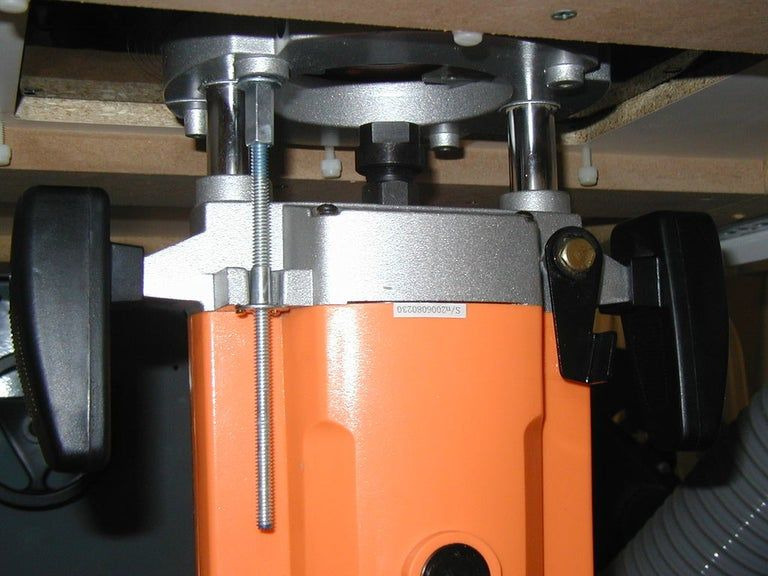 Photo of Ultra-billiger Router Lift