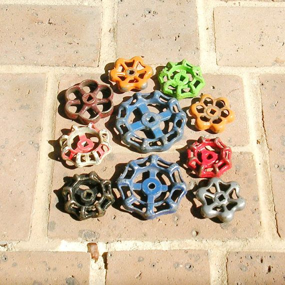10 Vintage  Water Valves Handle Handles Industrial Spigot Spigots Water Valves Ornate Cast Iron Metal Water Valves Wall Decor Drawer Handles