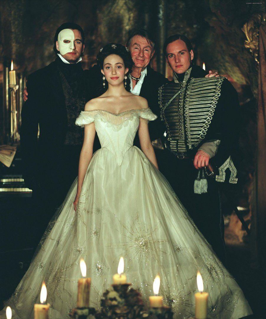 Cast of the 2004 Phantom of the Opera: Emmy Rossum, Gerard ... Patrick Wilson Phantom Of The Opera