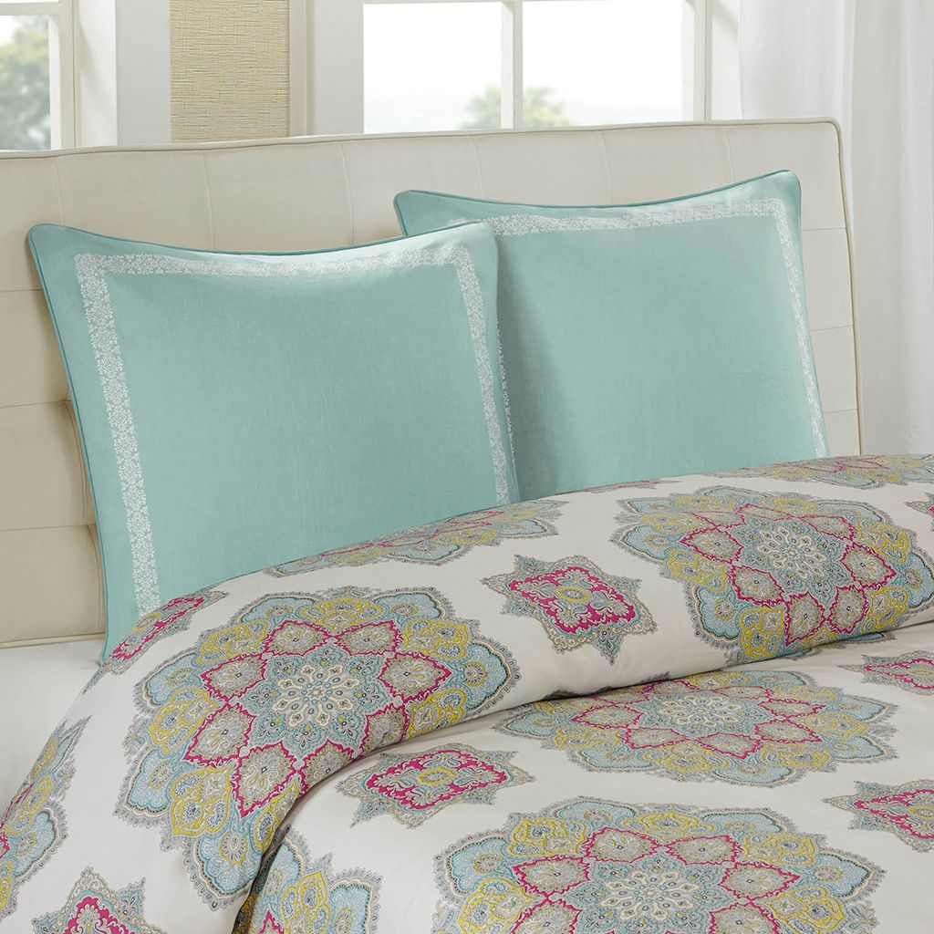 For A Stylish Update To Your Room The Echo Design Indira Bedding