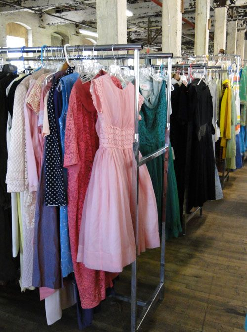Wholesale Vintage Clothing Bulk Vintage Clothing Wholesale Womens Vintage View Image View Vintage Outfits Vintage Fashion Vintage Wear