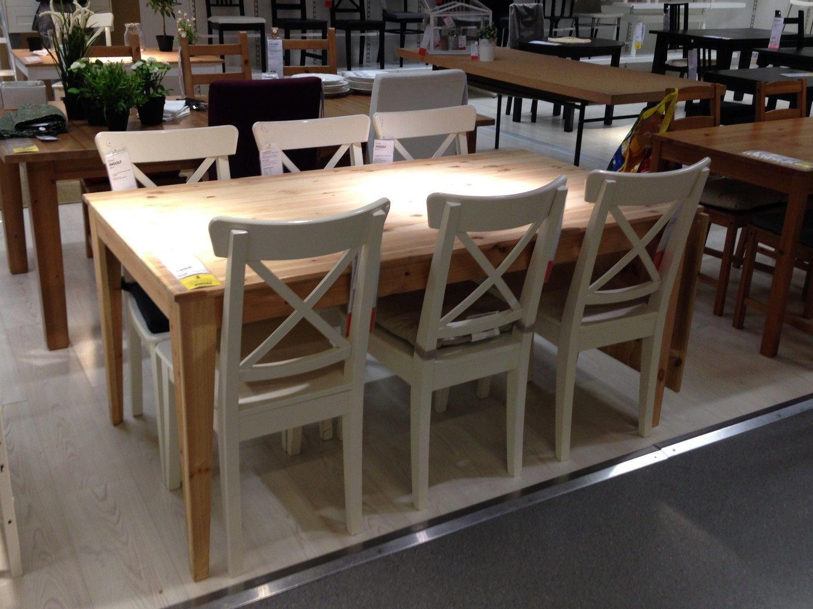 Table ikea nornas bois massif pin rallonge 6 8 10 for Table salon rallonge