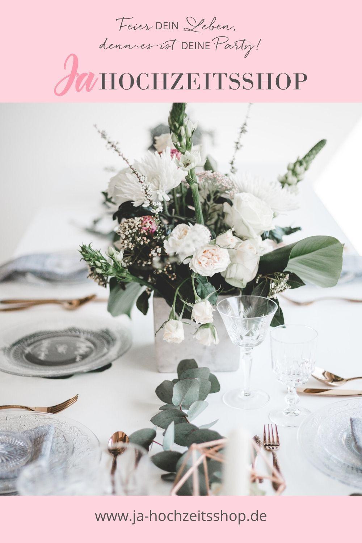 Hochzeit I Tischdekoration I Runder Tisch I Blumen I Rustikal I