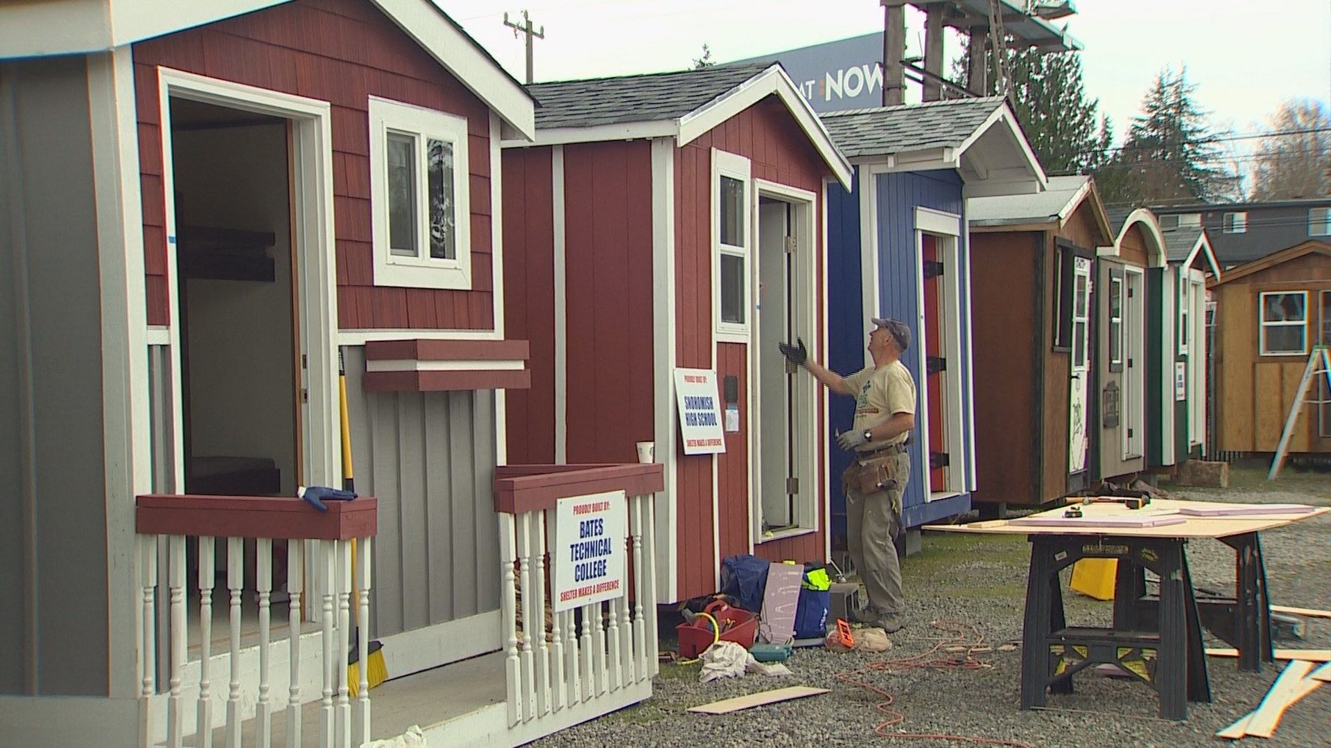 Seattle Opens Its First Tiny House Village For The Homeless In North Seattle In Just A Few Days And Constru Tiny House Village Tiny House Tiny House Community