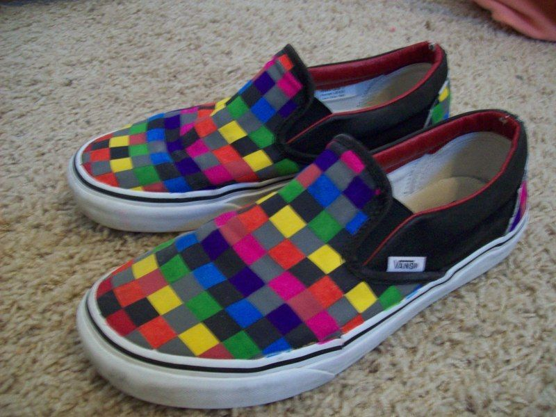 e7545db5ac88 Checkered Vans done with Sharpie markers.