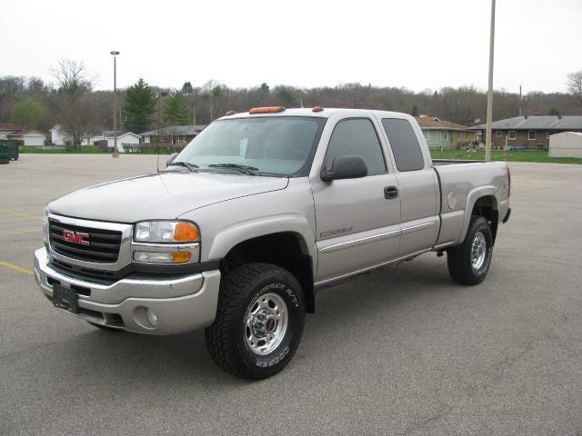 2004 Gmc Sierra 2500hd Slt Ext Cab Short Bed 4wd East Peoria Il