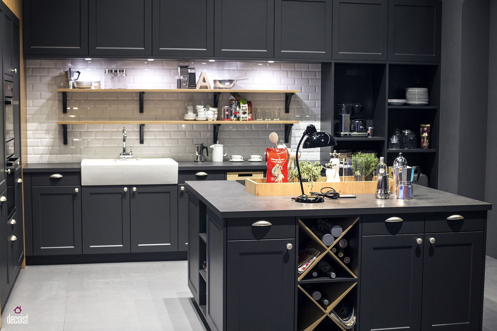 Classic and Trendy: 45 Gray and White Kitchen Ideas   graue und ...