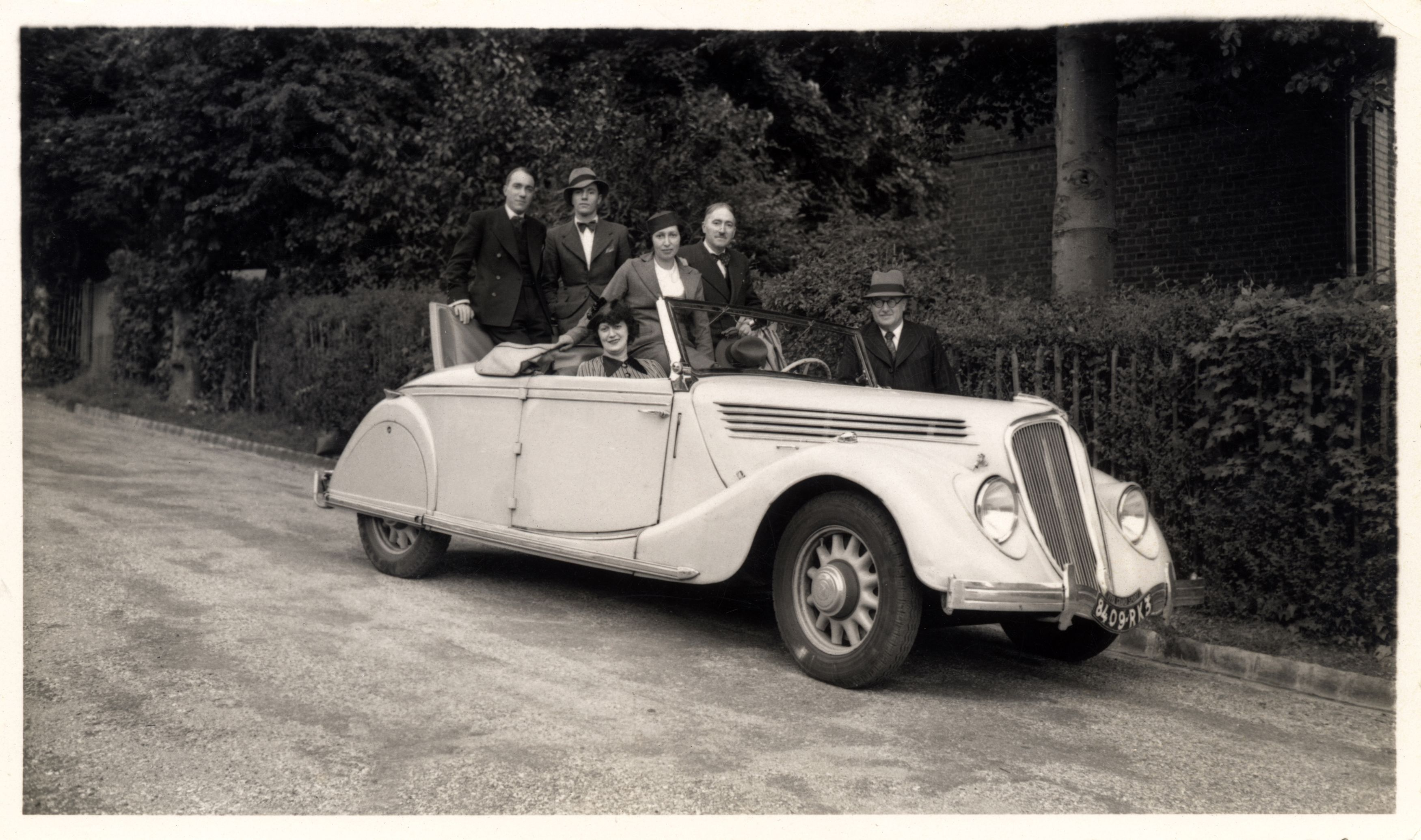 renault viva grand sport cabriolet vers rouen juillet 1939 cars cars automobile vintage. Black Bedroom Furniture Sets. Home Design Ideas