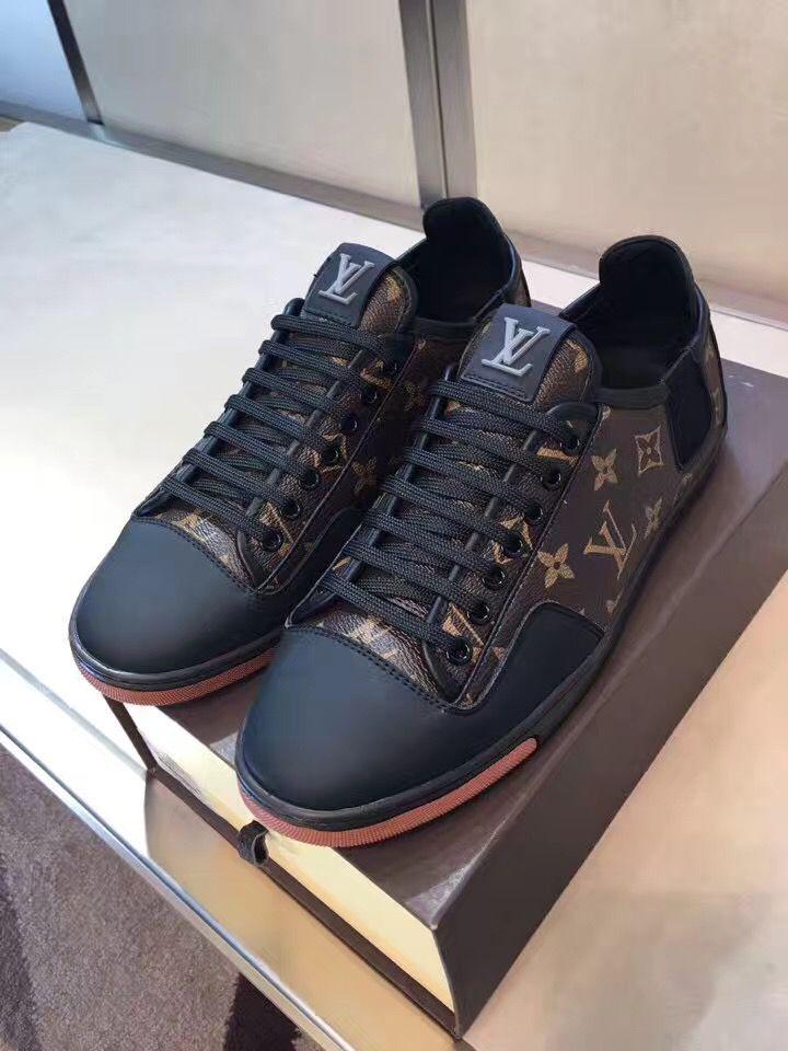 7b1974214c42 Louis Vuitton Mens Sneakers, Lv Sneakers, Suit Fashion, Mens Fashion, Hot  Shoes