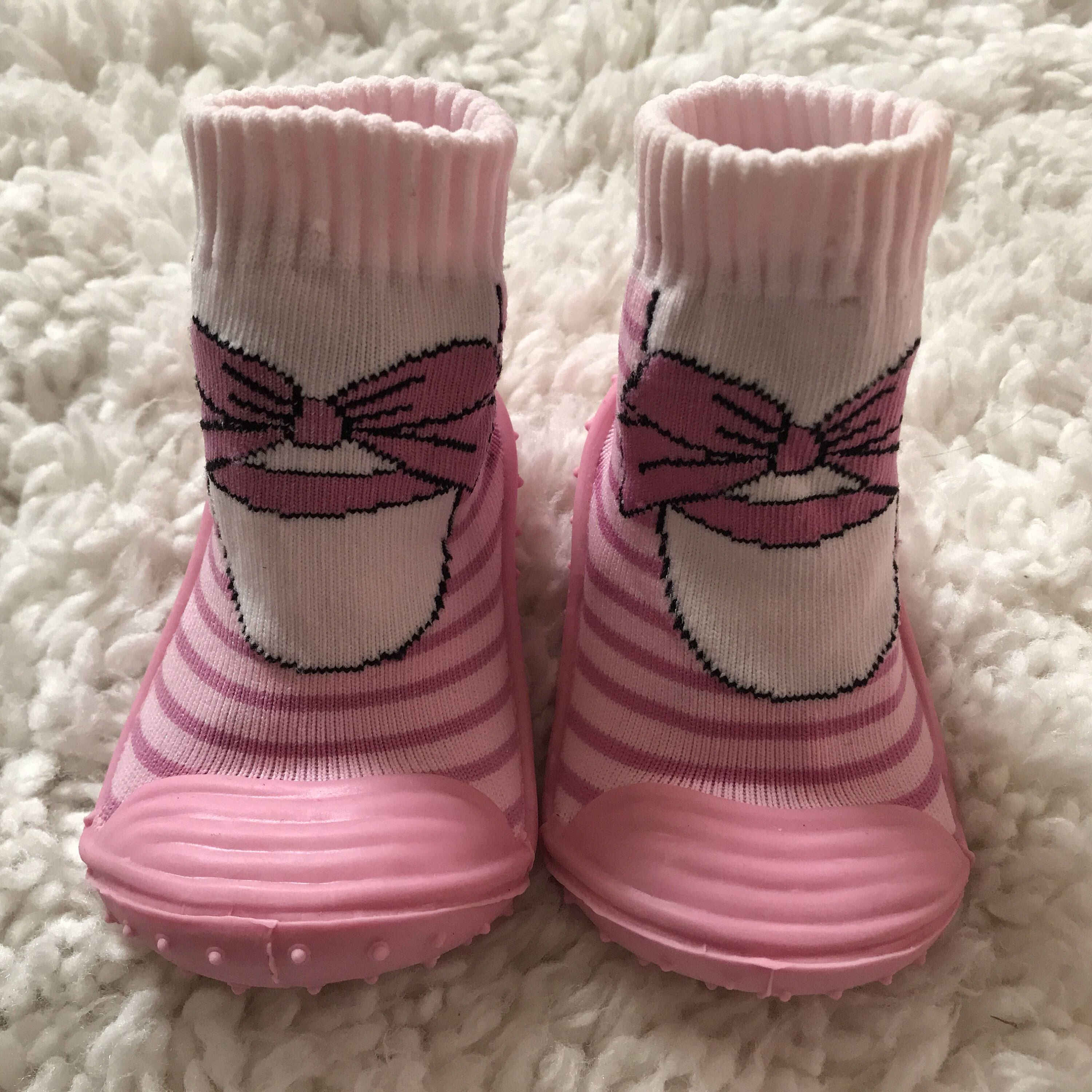 Baby Sock Shoes Pink Bow Sock Shoes By Dreambabyshoes On Etsy