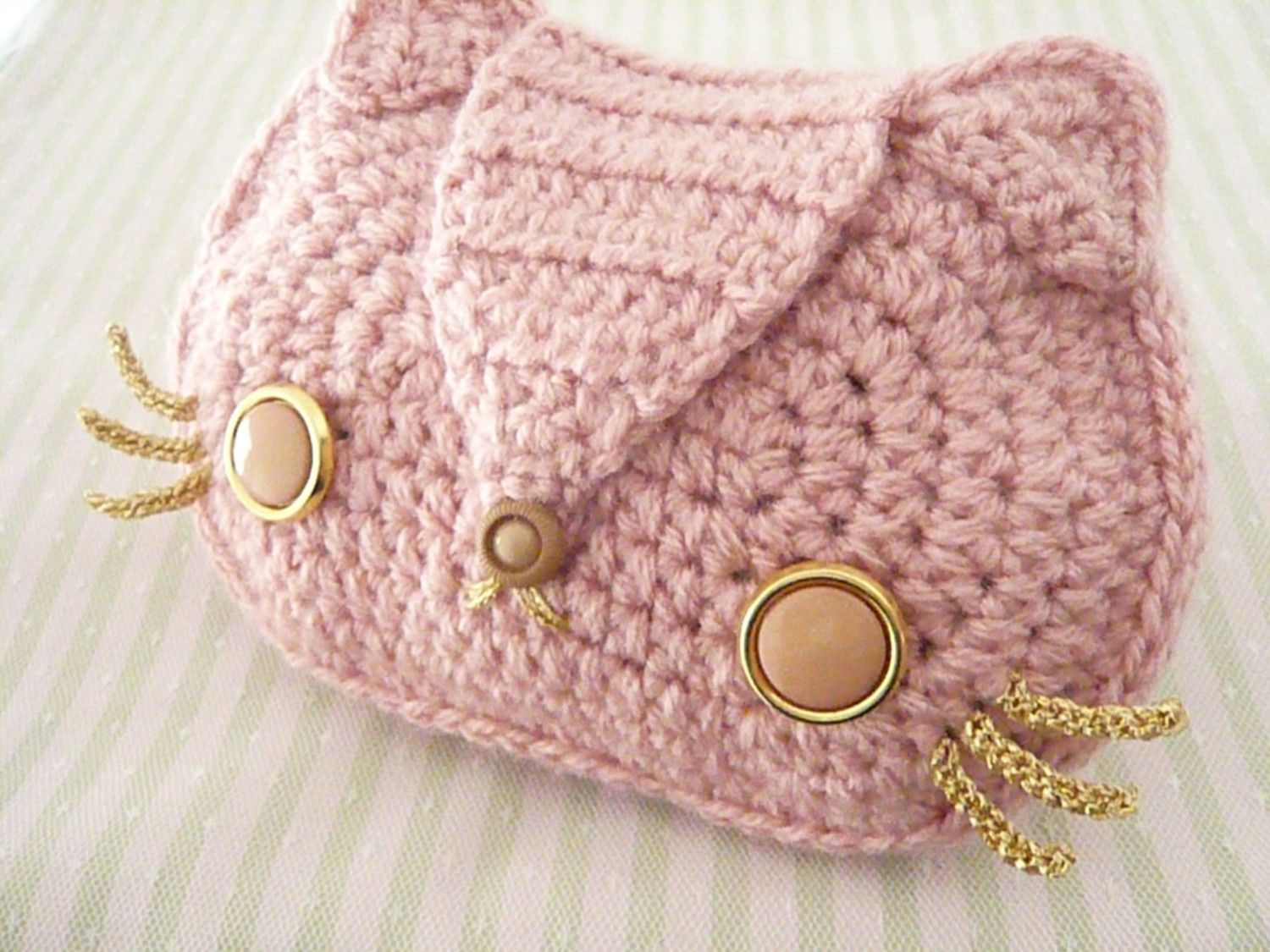 Baby Pink Kitty Cat Crocheted Purse with Gold Chain and Vintage ...