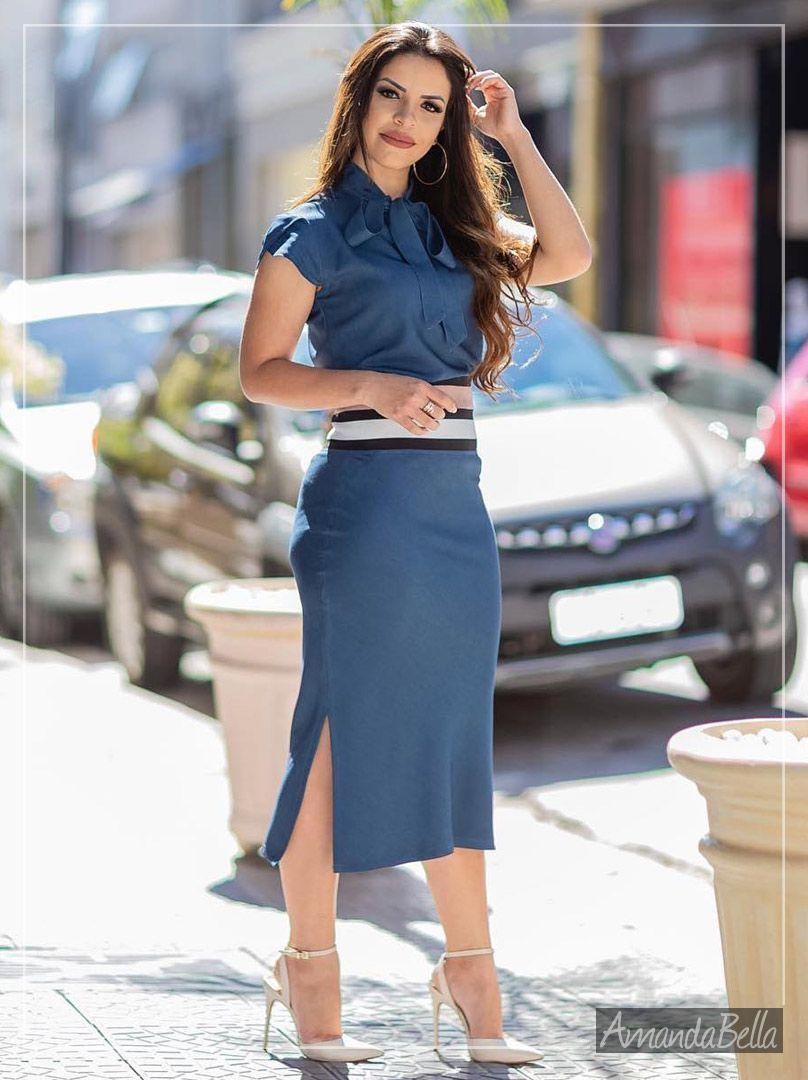 86d109086a Conjunto Jeans Midi Executivo para você arrasar no Look. O melhor da moda  evangélica está aqui. Venda online de Look s incrivéis. Confira já!
