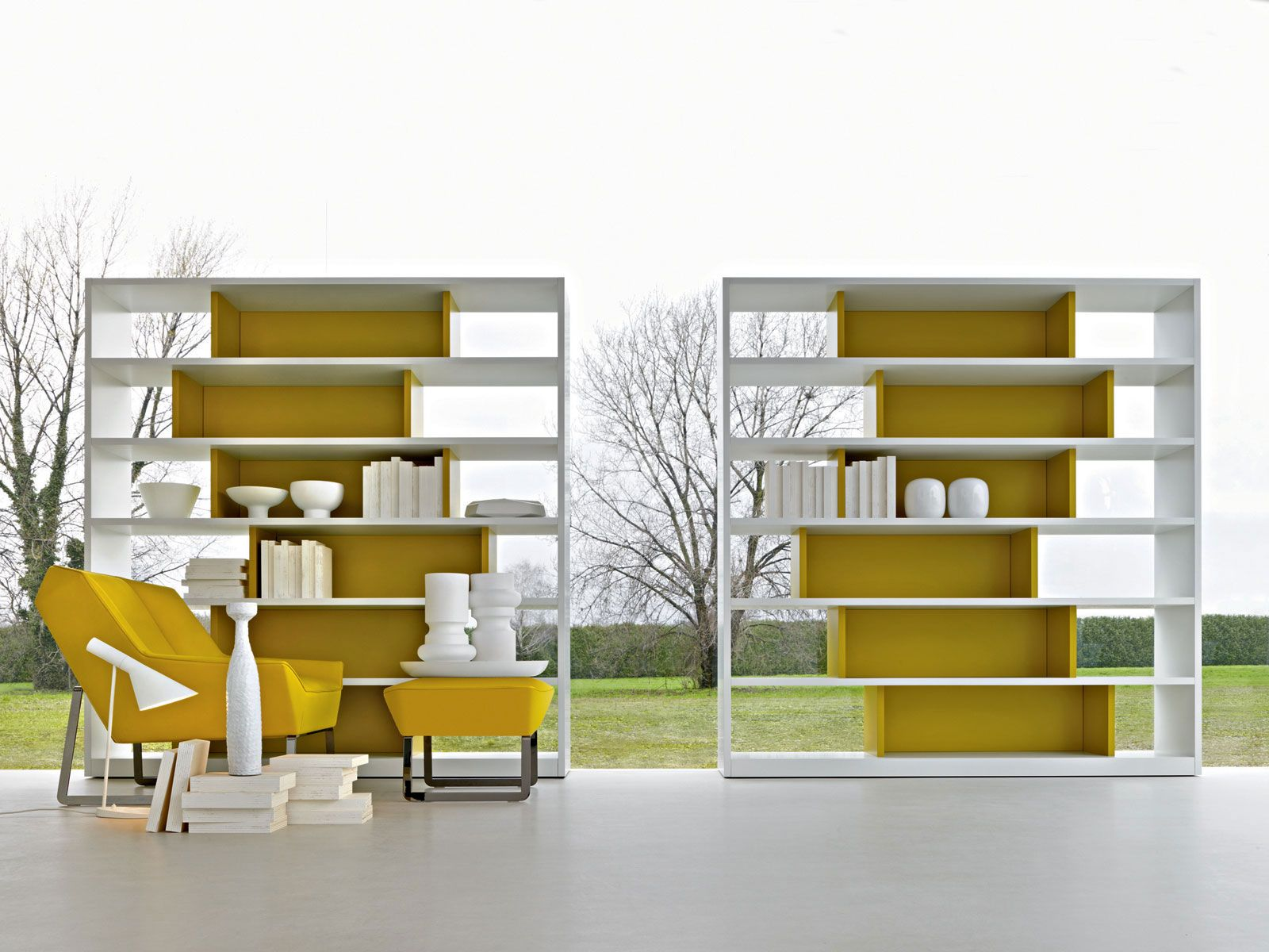 Open lacquered bookcase 505 – 2011 ed Collection by MOLTENI