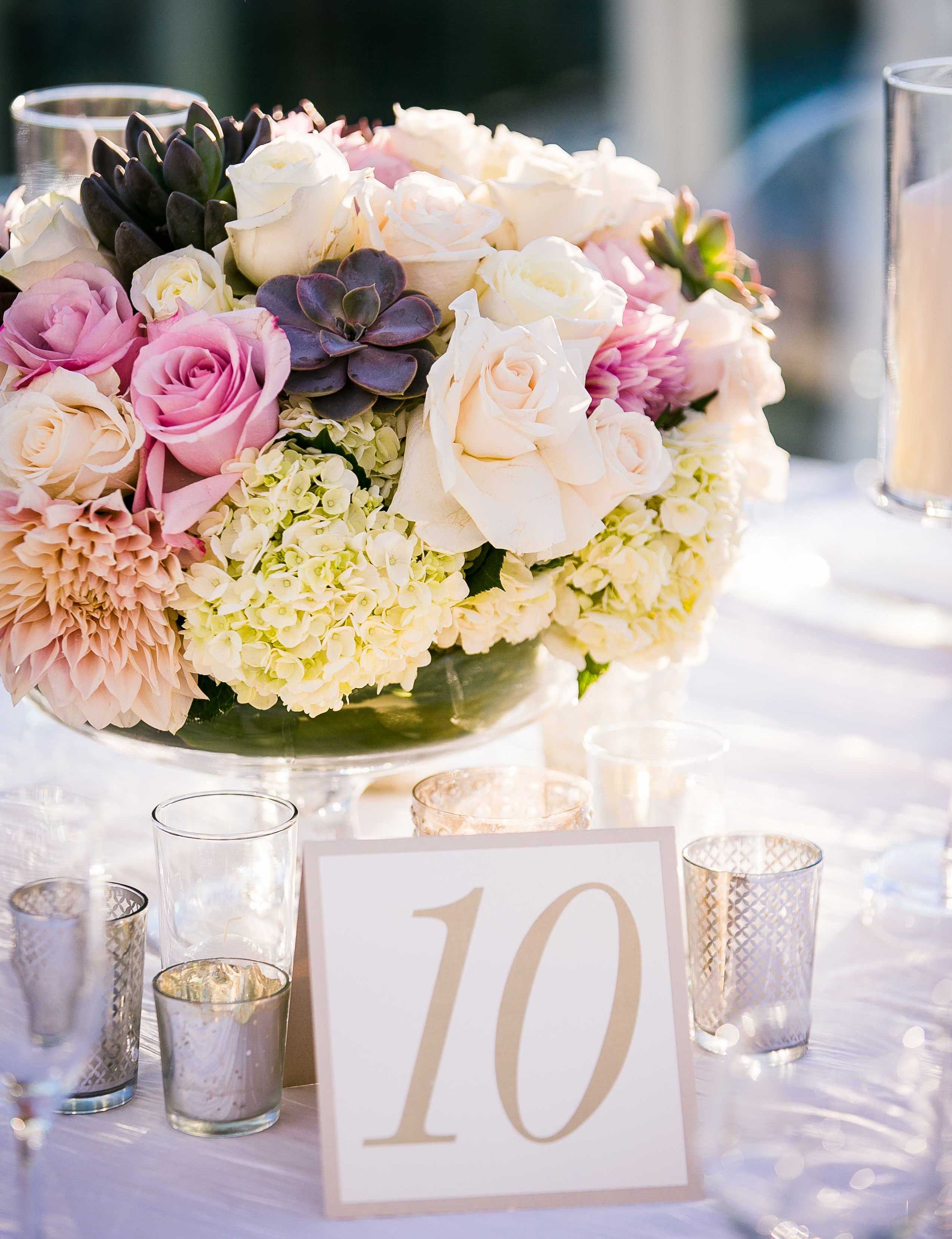 Pink rose flowers in low reception centerpiece table number