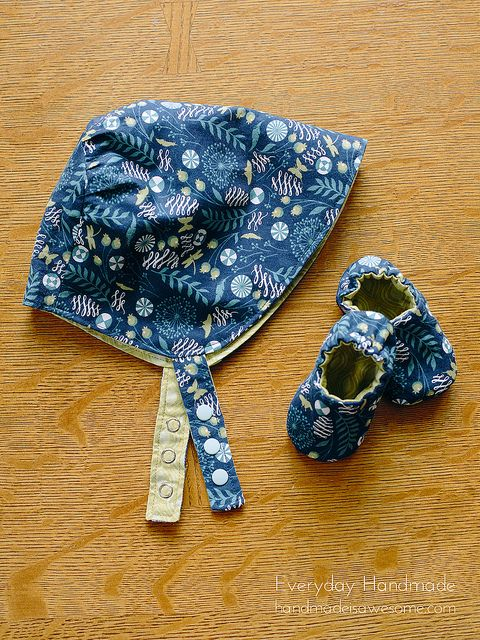 Reversible Sun Bonnet And Baby Slippers