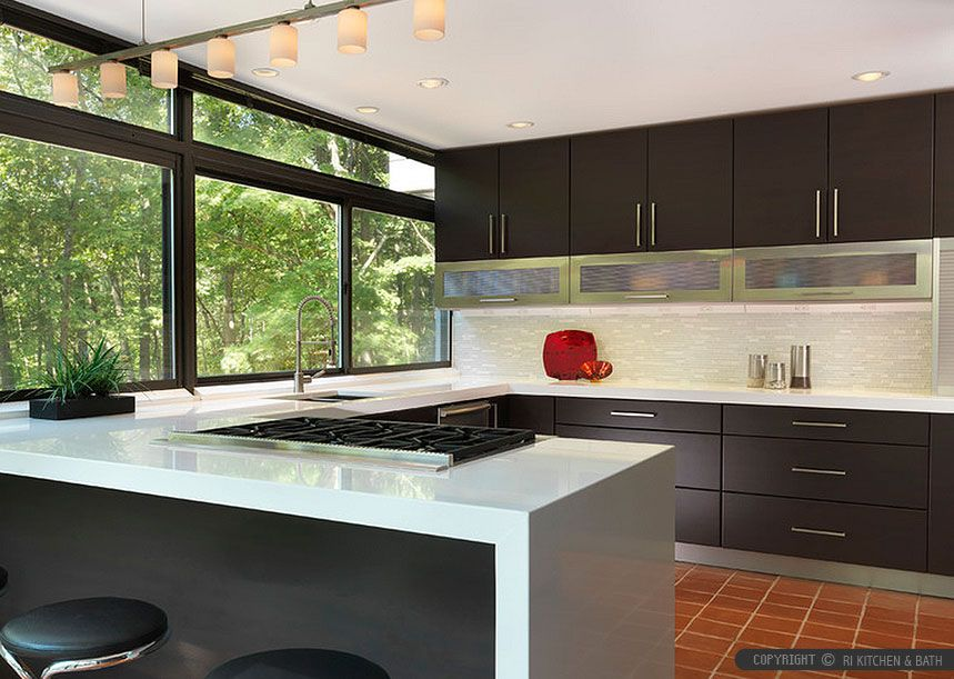 Modern Kitchen Backsplash Dark Cabinets white quartz countertop modern kitchen cabinets and glossy white