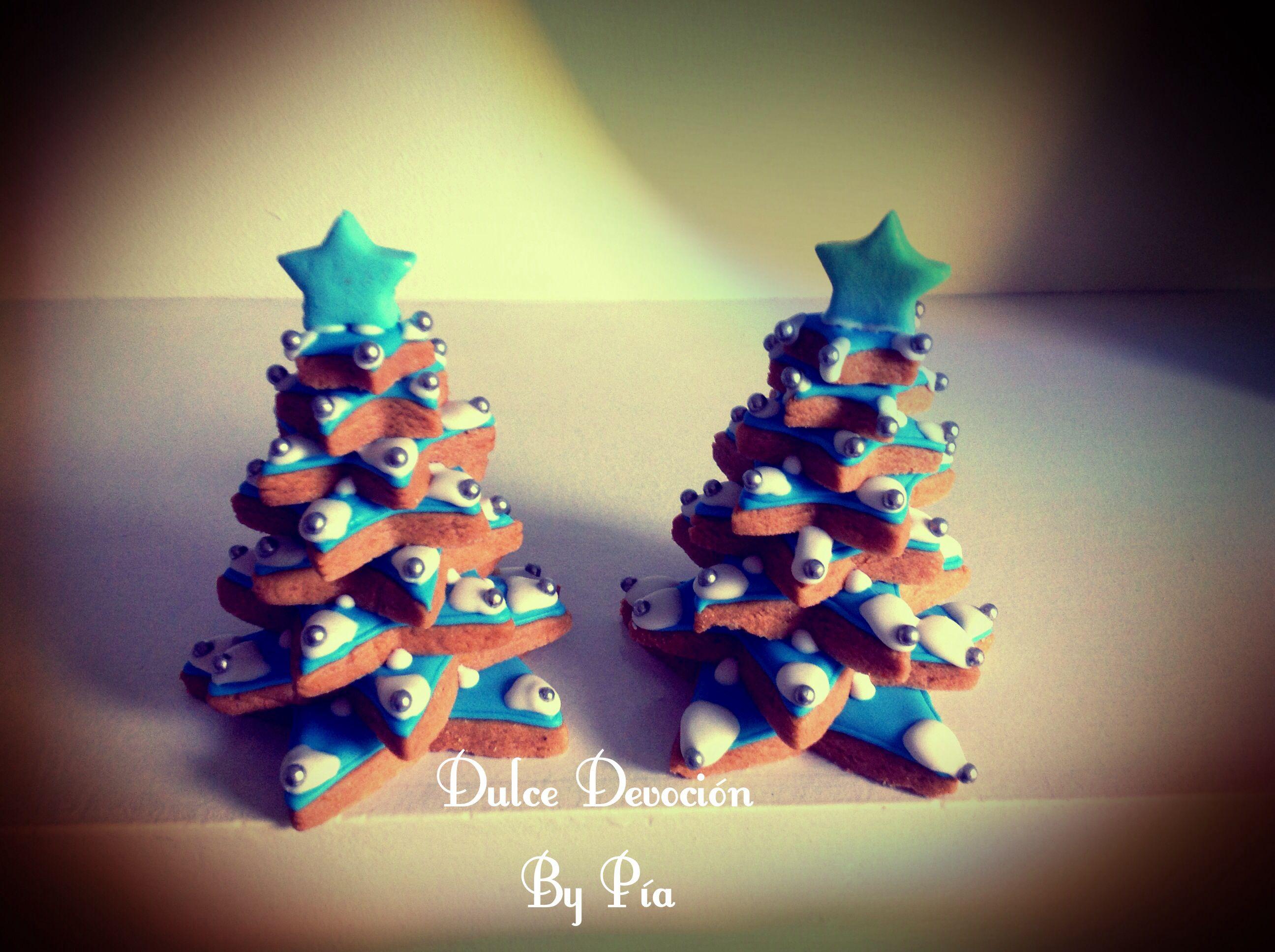 Christmas tree cookies, árbol de Navidad hecho de galletas de mantequilla