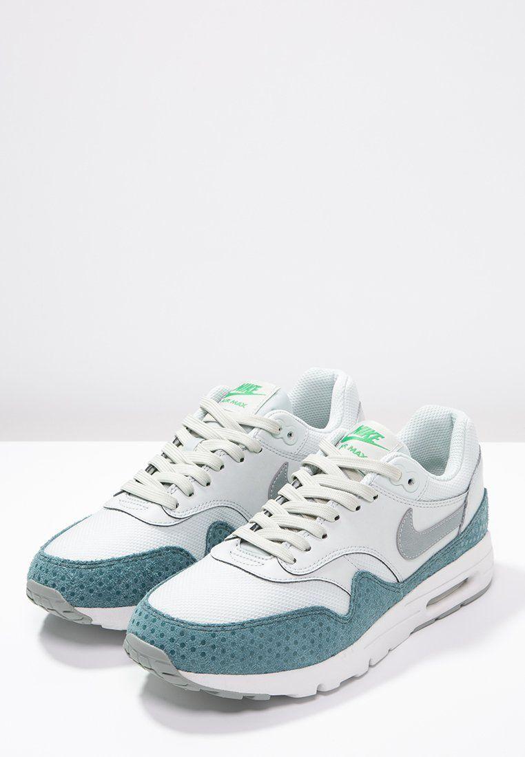 Nike Sportswear AIR MAX 1 ULTRA ESSENTIALS - Sneaker low - light silver/ shark/