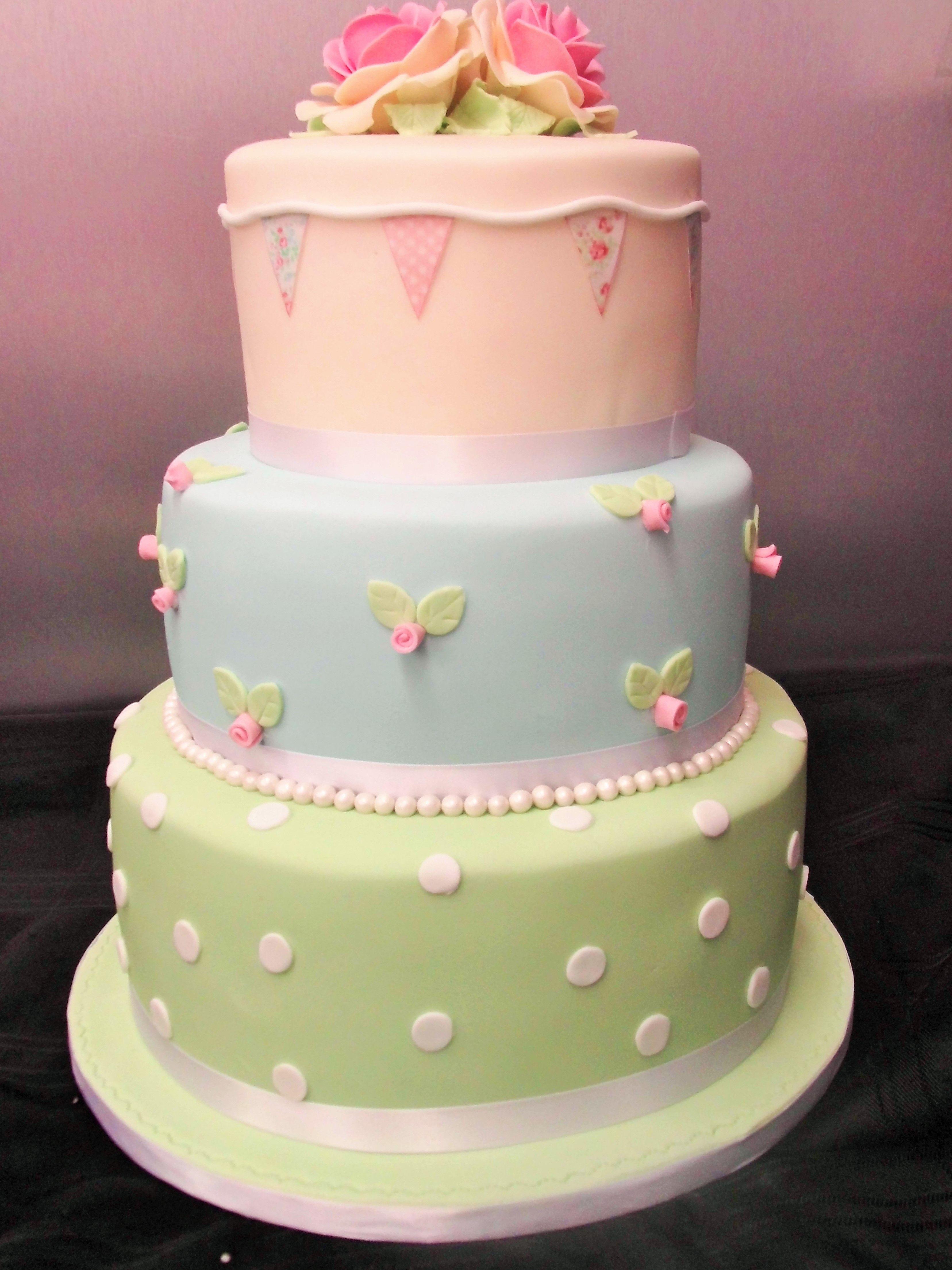 Vintage cath kidston inspired wedding cake