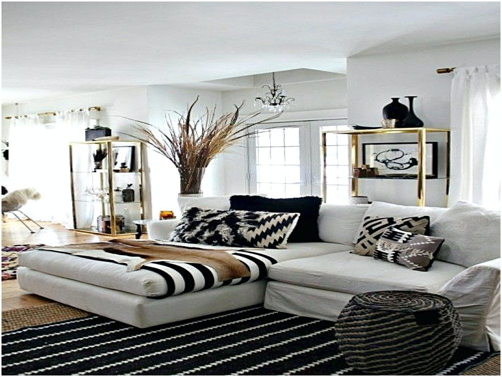 white and gold bedroom ideas Home decor Pinterest Gold bedroom