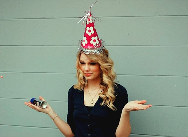 We Know What Month Your Birthday Is In Taylor Swift Birthday Young Taylor Swift Taylor Alison Swift