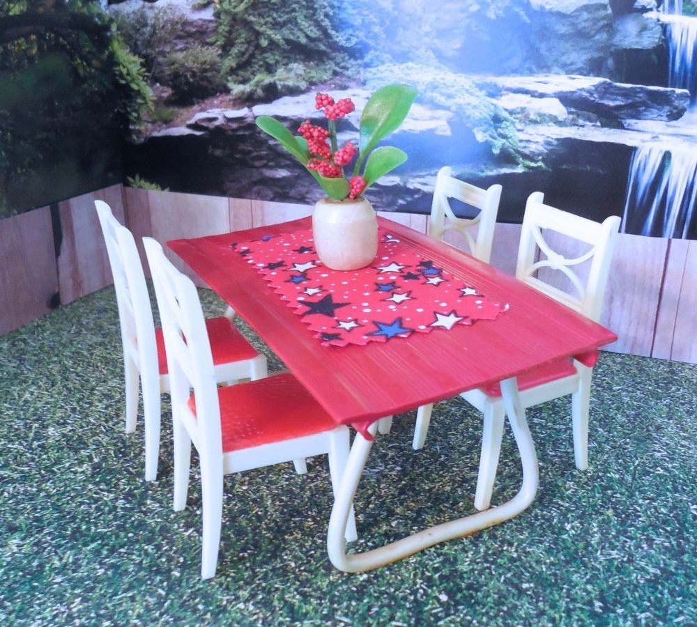 Dollhouse TABLE W/ Renwal Chairs Vintage Ideal Marx Furniture Plastic 1:16 #RenwalUnknown