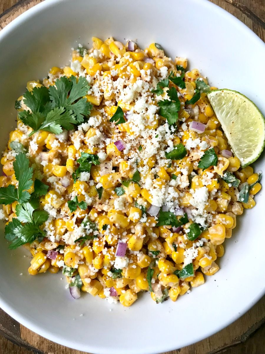This 21 Day Fix Mexican Street Corn Salad has all the flavors of the classic on the cob version, but it's portioned perfectly for the FIX! #mexicanstreetcorn