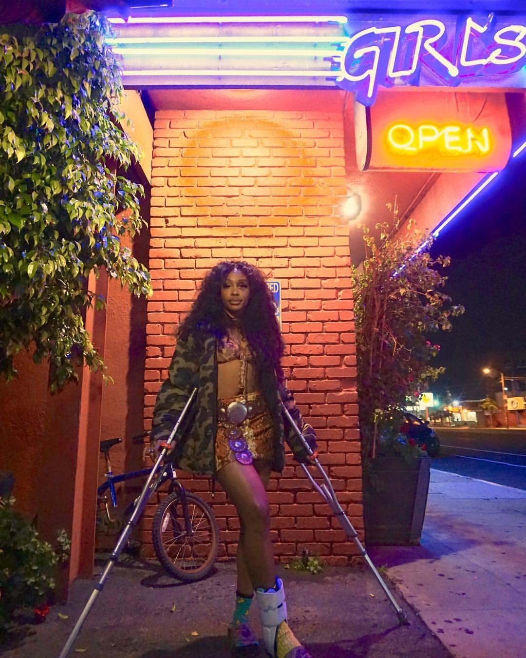 Broken Clocks Midnight With Images Black Girl Aesthetic