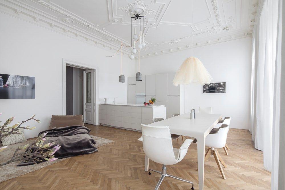 Een kijkje in ons droomhuis in wenen met visgraat vloer